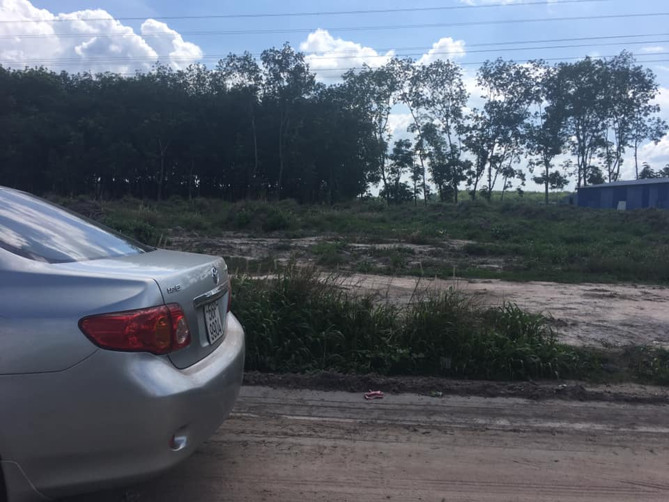 Đất nền Chơn Thành 10*34 mét – mặt tiền đường vành đai KCN – giá 800 triệu|Phía sau huyện ủy huyện Chơn Thành tỉnh Bình Phước | Nhìn thẳng ra KCN Becamex Bình Phước.