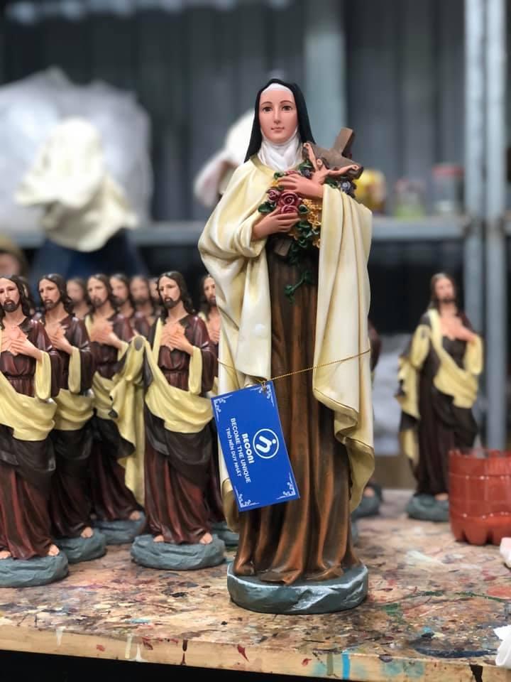 Tượng Đức Mẹ Lộ Đức, Đức Mẹ Bế Chúa, Đức Mẹ Hoa Huệ, Đức Mẹ Ban Ơn, Tượng Thánh Nữ terea, Bàn Thờ, Thánh Giuse Ngủ