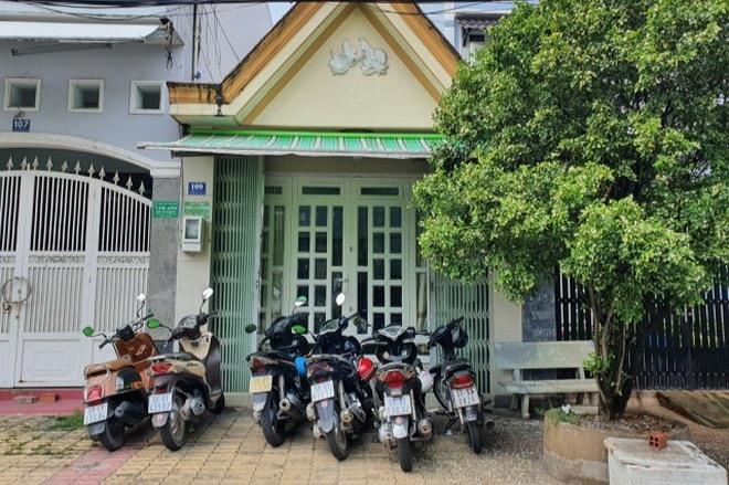 Người đăng ký các doanh nghiệp này là  ông Nguyễn Vũ Quốc Anh (36 tuổi, Thành phố Thủ Đức - TPHCM).  Công ty Cổ phần Tập đoàn Đầu tư Công nghệ Tự động Toàn Cầu (Global Auto Technology Investment Group - GATIG) đăng ký thành lập ngày 20/5, có trụ sở tại tòa nhà  Bitexco (2 Hải Triều, phường Bến Nghé, quận 1, TPHCM). Với con số 500.000 tỷ, GATIG sẽ là doanh nghiệp có vốn điều lệ lớn nhất Việt Nam, vượt xa những tập đoàn và công ty lớn nhất Việt Nam hiện tại.